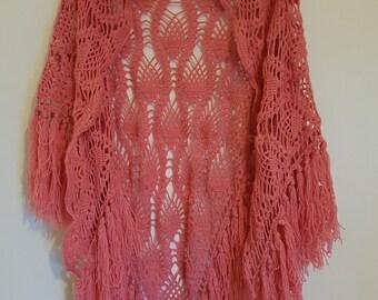 Vintage 1970s pink wool fringed shawl free-size