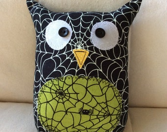 HALLOWEEN - Ollie the Owl - stuffed owl - black spiderwebs with green belly
