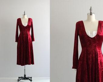 Vintage Crushed Velvet Dress . Maroon Long Sleeve Dress . 90s does 60s Midi Dress