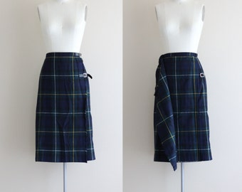 Vintage Plaid Prep Skirt . Green Plaid Midi Skirt . Fall Fashion Wrap Skirt