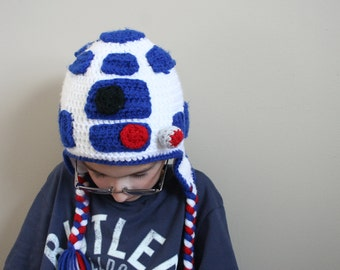 Ready to ship!  Droid Hat, R2D2 Hat for kids, Star Wars inspired crochet droid Hat, halloween costume, Sizes 5t to preteen