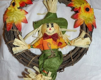 Grape vine harvest wreath with Scarecrow - hsw5