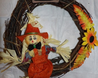 Grape vine wreath with cute Scarecrow - hsw1