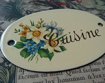 Sweet vintage French enamel kitchen sign CUISINE with flower bouquet - Belle Brocante