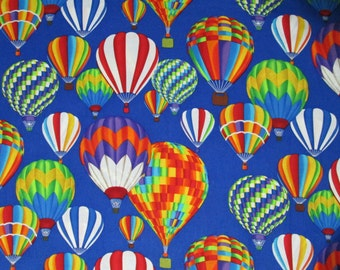 Hot Air Balloons Surgical Scrub Top / X Small - XX Large
