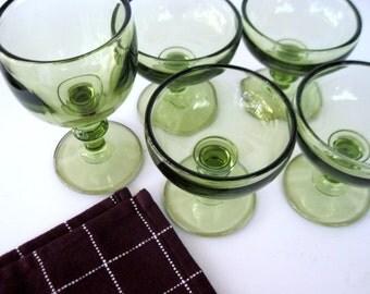 Green Sherbet Cups, Avocado Sherbet, Dessert Dishes, Green Goblet, Vintage Sherbet Cups, Dessert Cups, Pedestal Sherbets, Green Glass, Green