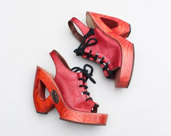 collectible 1970s Frank Sbicca platform wedges - Shoes 'n Stuff / 70s red leather platforms / 70s cut out wooden wedge heels - wood wedges