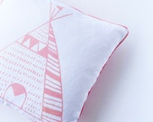 Teepee cushion -pink