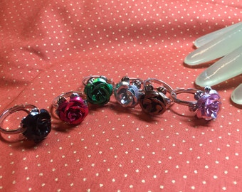 Lot of six light weight Metal Multi Color Rose Flower Fashion Rings - adjustable Size