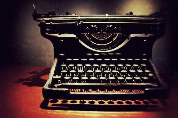 Vintage Typewriter Fin... Vintage Typewriter Paper Photography