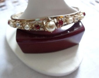 Bangle with Simulated Pearls and Crystals Vintage Bracelet