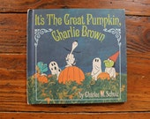 Charlie Brown - Vintage First Addition - It's The Great Pumpkin Charlie Brown Book