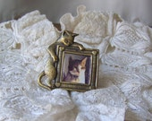 Vintage That Darn Cat of Mine Photo Brooch Pussy Cat El Gato Photo Pin Up Jewelry Vintage 1970s