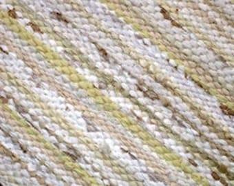 Handwoven  vintage look, Scandinavian style, rag rug -2.92 ' x 6.49' , beige, white, light beige