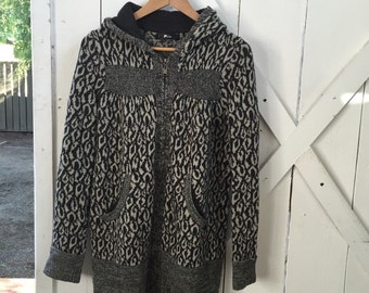Super cool oversized vintage hooded zip up sweater jacket xs/s