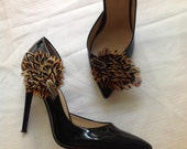 shoe clip Home coming, prom,FOR graduations dress shoe, FOR homecoming shoe,  prom shoe  fur and Stone Shoe buckle
