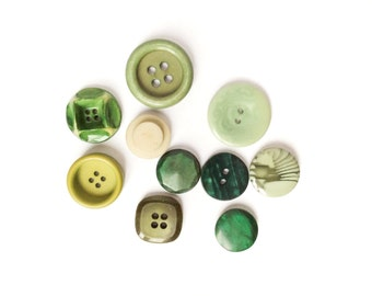 10 Assorted Antique Green Buttons, White, Lime, Grass, 18mm, 25mm