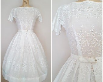 Vintage 1950s White Eyelet Dress / 50s Dress / Small