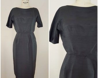 Vintage 1960s Black Dress / Linen / Wiggle Dress / Fitted Dress / Small