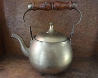 Vintage English brass stove top fireplace kettle pot teapot decorative circa 1950-60's / English Shop