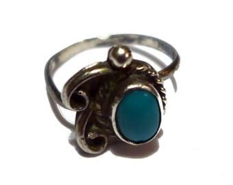 Sterling Silver Southwestern Turquoise Ring Size 4 - AS-IS