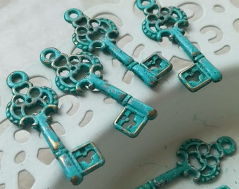 6pcs - Handmade Faux Verdigris Patina Vintage Style Ornate Key Metal Charms -28x12mm