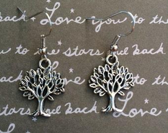 Gorgeous tree dangle earrings