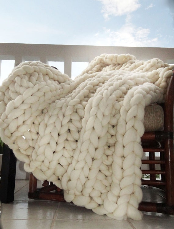 Giant Knitting Blankets : Super chunky blanket throw knit giant by