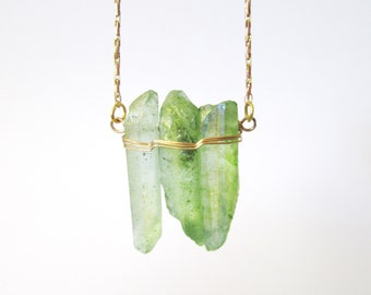 Raw Crystal Necklace - Spring Green Crystal Quartz Points - Layering Necklace - Bohemian Rustic