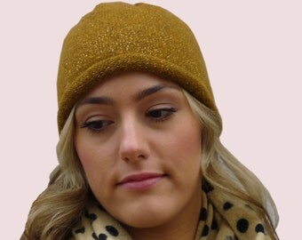 Golden Wonderland Cashmere Blend Beanie with Subtle Metallic Texture in Gold Colored Knit with Warm Fleece Lining