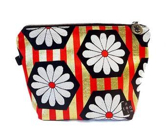 "Japanese Kimono  ""Gold Flower"" make up pouch -big / zipper pouch/ cosmetic purse / kimono fabric / large size pouch / green velvet"