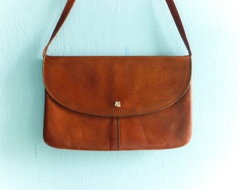 Vintage brown leather clutch purse shoulder bag handbag / detachable strap / 80s