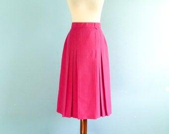 Vintage Pink Skirt / High Waisted / Pleated / A line / Classic Secretary Skirt / Below Knee / Midi / medium