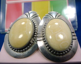 Earrings (Post) Sterling Silver Southwestern Ivory-Colored 40mm Stone (88167)