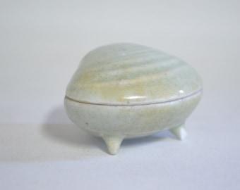 Incense holder 4709, Japanese, celadon, kogo