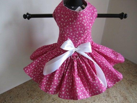 Dog dress xshot pink with white flowers by ninas like this item stopboris