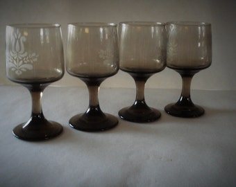 PFALTZGRAFF Glass Etched Beverage Footed Tumblers Glasses.