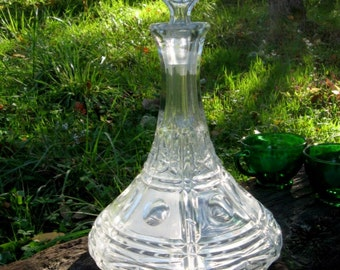 Large, heavy pressed glass fancy liquor decanter w stopper