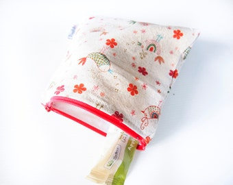 Large Zippered Snack Bag with Food-Safe Nylon Lining - Red Linen Birds