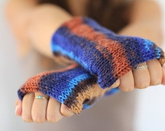 Custom Hand Knit  Beige Arm Warmers, Knitted Arm Warmers, Knits for Women