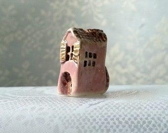 Miniature house Tiny house Pink ceramic house Housewarming gift Shelf village Small house Beach cottage Tiny ceramic house Clay mini house