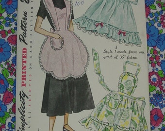 Vintage Pattern c.1948 Simplicity No.2644 Bib Aprons, and Half, One Size, Uncut