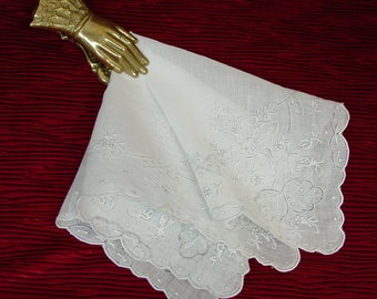 Lovely Vintage Hanky, Handkerchief, Made in Madeira, Embroidered, Bridal, Perfect
