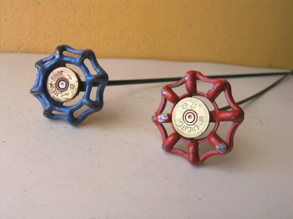 Rot Oder Blau Shotgun Shell Wasserhahn Blume Geht Tabelle
