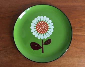 Retro Melamine Round Tray Daisy on Green Background Made in Japan Lacquer Ware