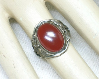 Art Deco Chinese Carnelian Agate & Silver Ring. Floral Motif