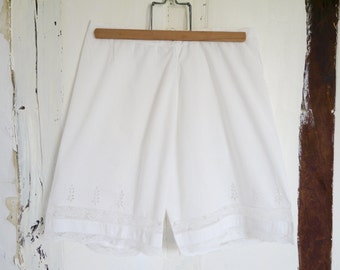 Antique French  knickers, bloomers,under garment, lingeriecotton and lace wedding handmade