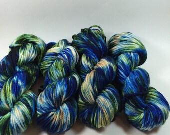 Sale! Bulky Superwash Merino, Hand Painted Yarn, Monster Show, 100 grams,  multicolored yarn, Chunky Yarn, Bulky Yarn, superwas