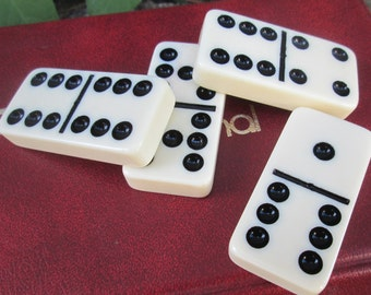 Domino by Cardinal.   Double 9 Set Dominoes in Vinyl Case.  Y-069