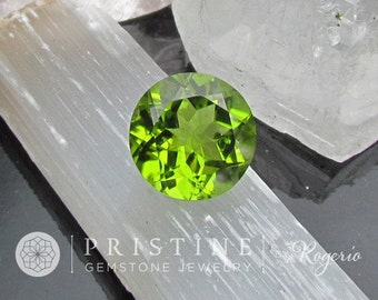 Peridot Apple Green Color 12.6 mm Round August Birthstone for Pendant
